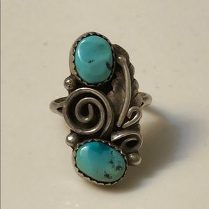 Native American turquoise ring. Cute!💖